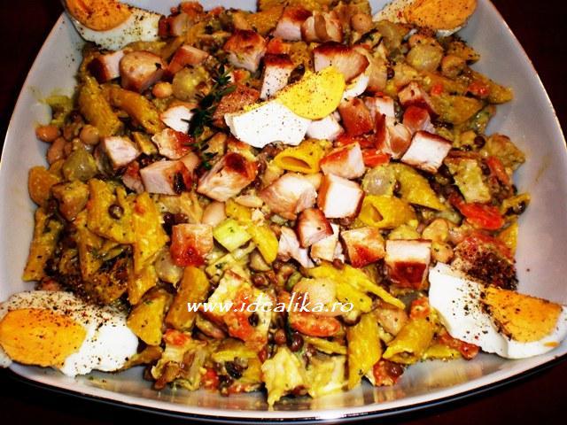 Reteta Salata cu paste si piept de curcan