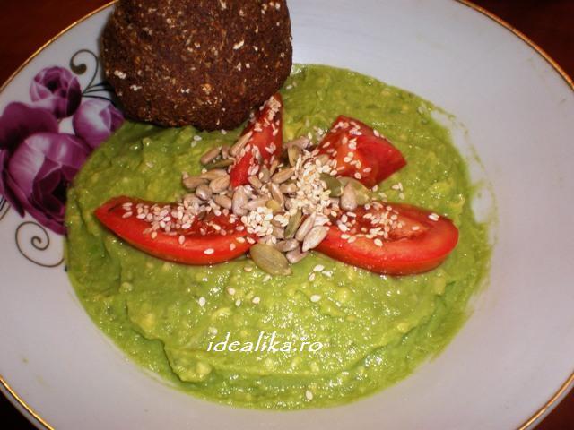 Salata de avocado cu seminte – Reteta
