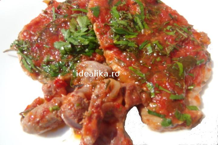 Friptura de porc cu sos de rosii – Reteta video
