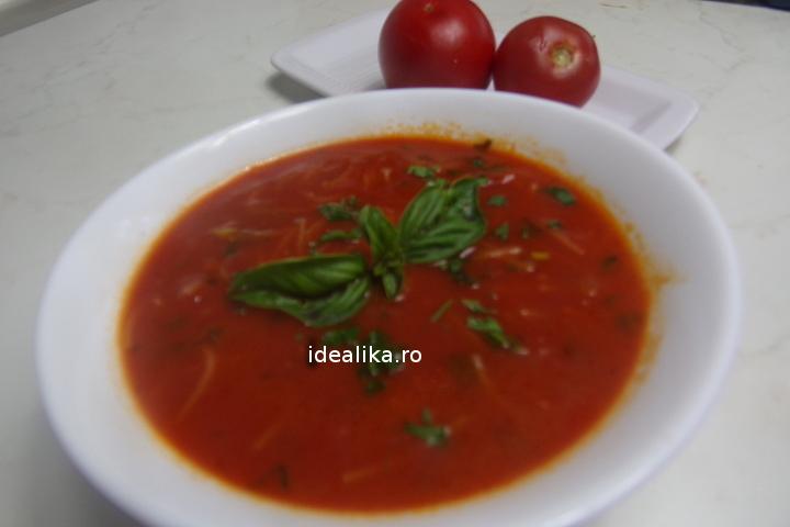 Supa de rosii cu fidea – Reteta video
