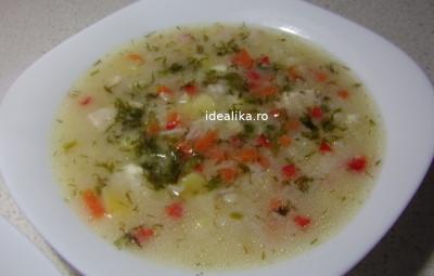 Supa de cascaval cu pui