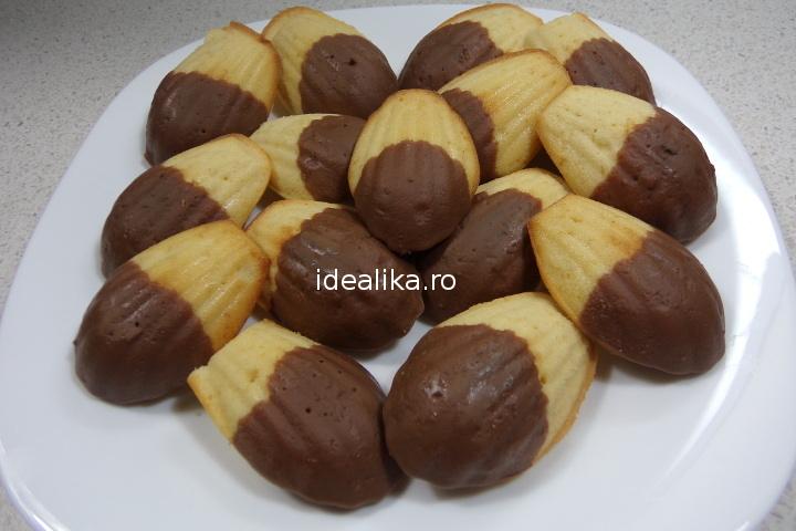 Madelene cu glazura de ciocolata – Reteta video