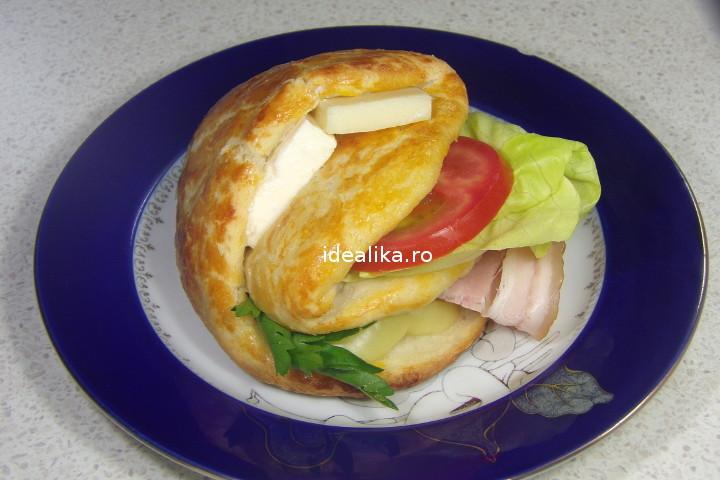 Sandwichuri cu buzunare – Reteta video/ idealika