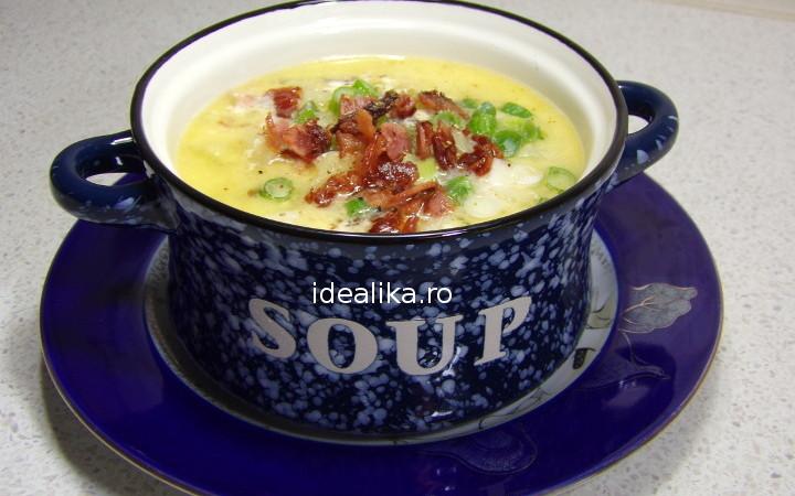 Supa de cartofi cu bacon si mozzarella
