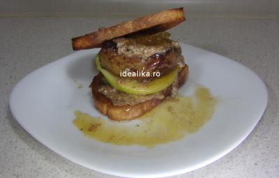 Foie gras cu unt de migdale