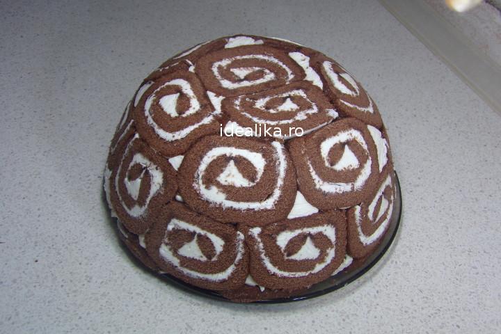 Tort cu rulada si crema de branza – Reteta video
