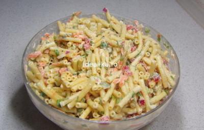 Salata de paste cu maioneza