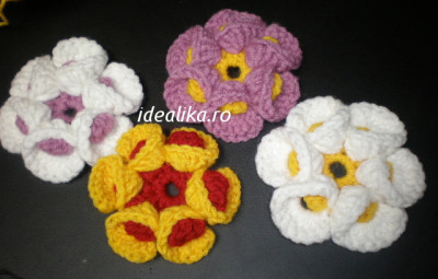 Flori crosetate 3 D